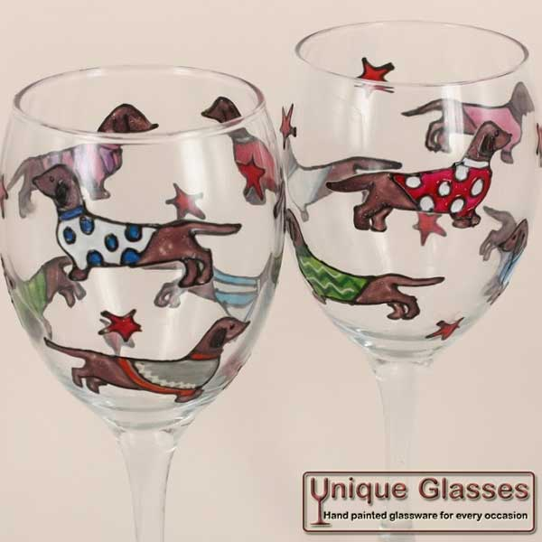 Excellent Personalised Dachshund Dog Wine Glass by Unique Glasses SZ47
